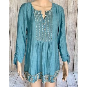 BCBGMaxazria Teal beaded spring blouse size Small